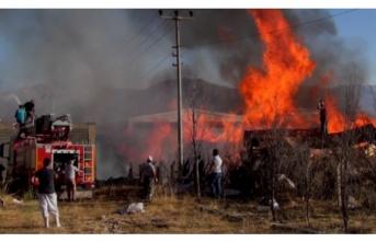 Erzincan OSB Bölgesinde Yangın