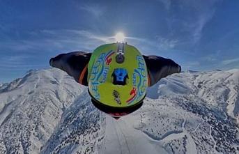Ergan Dağı Kayak Merkezinde, Wingsuit Atlayışı Nefesleri Kesti