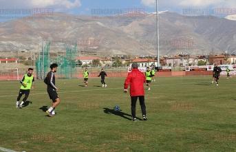 24Erzincansporda 5 Futbolcunun Testi Pozitif Çıktı