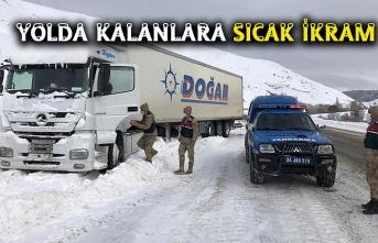 Erzincan'da sürücülere çorba