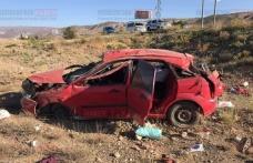 Otomobil Şarampole Uçtu: 2 ölü,2 yaralı