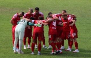 Anagold24Erzincanspor'da 6'sı Futbolcu 8 kişinin...